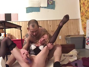 Stuffing Candis pussy with her favorite toy