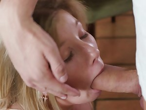Deep cock sucking experience for Vienna Delicate situation