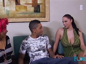 Sex-crazy hookers enjoy sucking team a few hard dick before hardcore threesome lovemaking