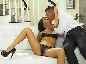 Korean babe Saya Draught gets her pussy licked and fucked before facial scene