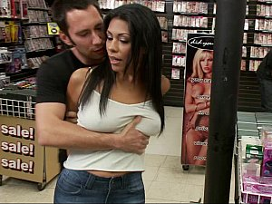 Cassandra Cruz gets punished in down a bear rendezvous
